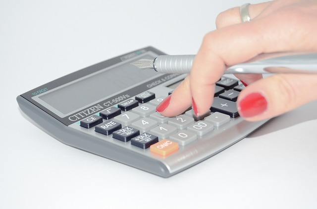 5_calculator-428294_640